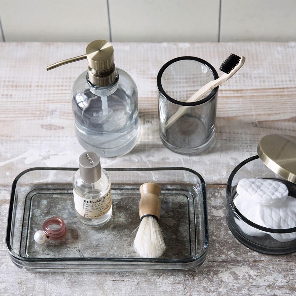 Mette Ditmer sæbedispenser og tandkrus i farvet glas