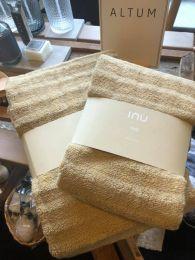 Zone ´Inu´ håndklæde 50x70 cm - Warm sand