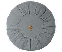 Maileg rund pude D 26 cm - Blå m/broderi