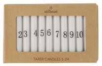 Ib Laursen kalenderlys hvid m/sorte tal - 24 stk kertelys