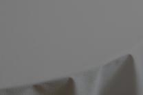 Rhombus damaskdug fra Juna 140x370 - Grå