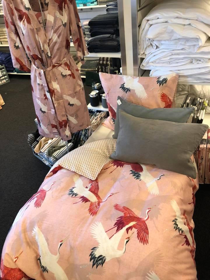 essenza sengetøj med traner